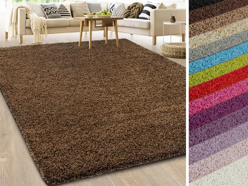 shaggy teppich auf ma barcelona. Black Bedroom Furniture Sets. Home Design Ideas