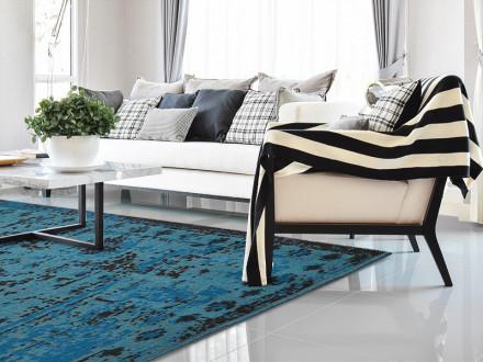 Flachgewebter Vintag-Teppich blau